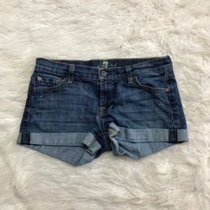7 for all mankind sz 26 shorts